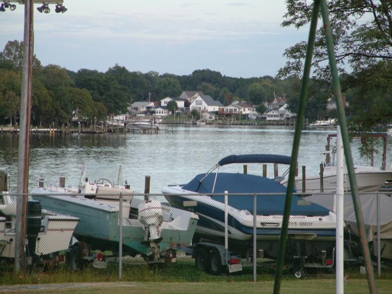 Bear-Creek-boats-waterfront-2